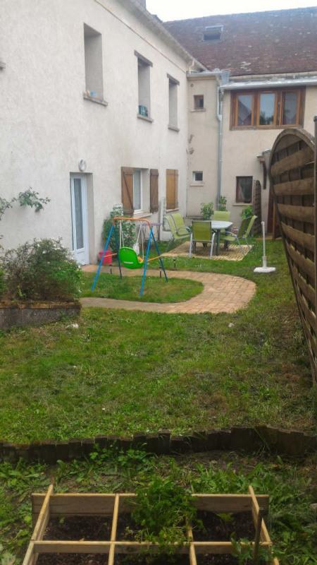 Sale house / villa Chars 206000€ - Picture 2