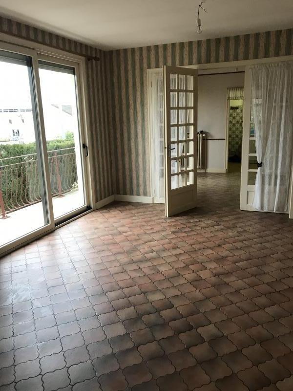 Sale house / villa St germain sur moine 122600€ - Picture 2