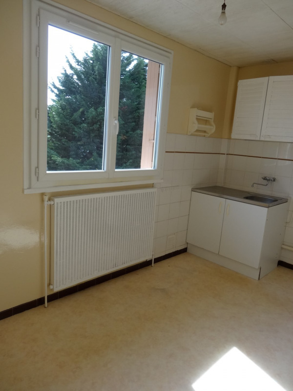 Rental apartment Villejuif 825€ CC - Picture 2