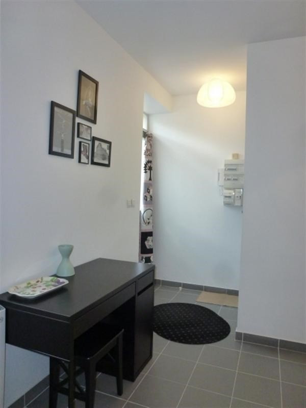 Rental apartment Fontainebleau 910€ CC - Picture 1