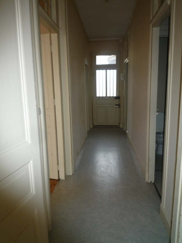 Rental apartment Moulins 404€ CC - Picture 6