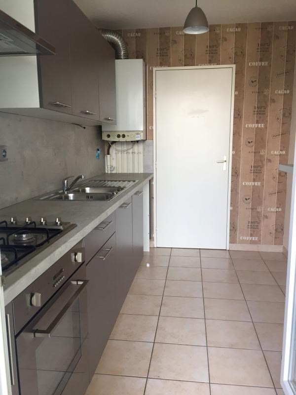 Vendita appartamento Tassin la demi lune 210000€ - Fotografia 2