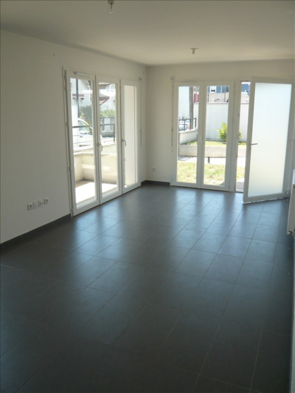 Location appartement Noisy le grand 670€ CC - Photo 3