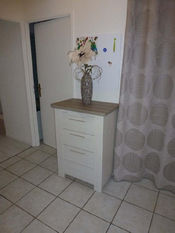 Rental apartment Elancourt 834€ CC - Picture 6