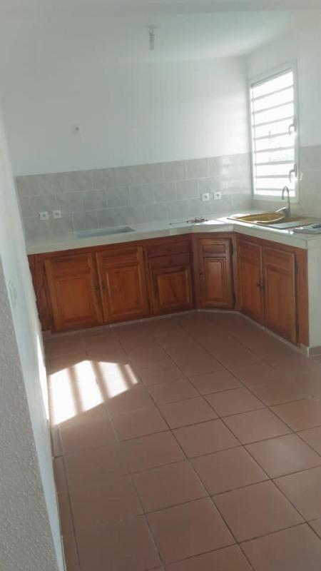 Rental apartment Vieux habitants 650€ CC - Picture 5