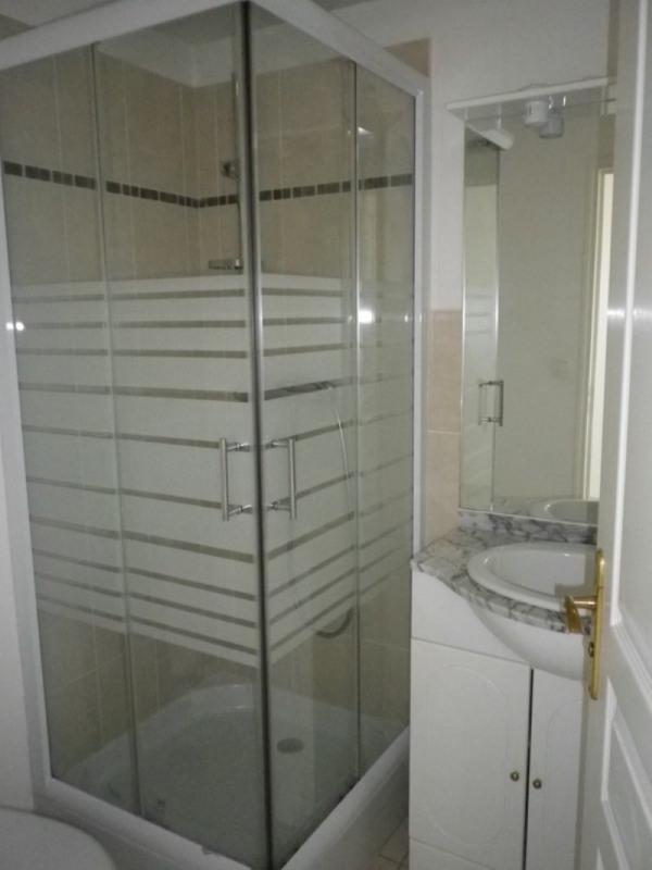 Location appartement Sainte luce sur loire 431€ CC - Photo 4