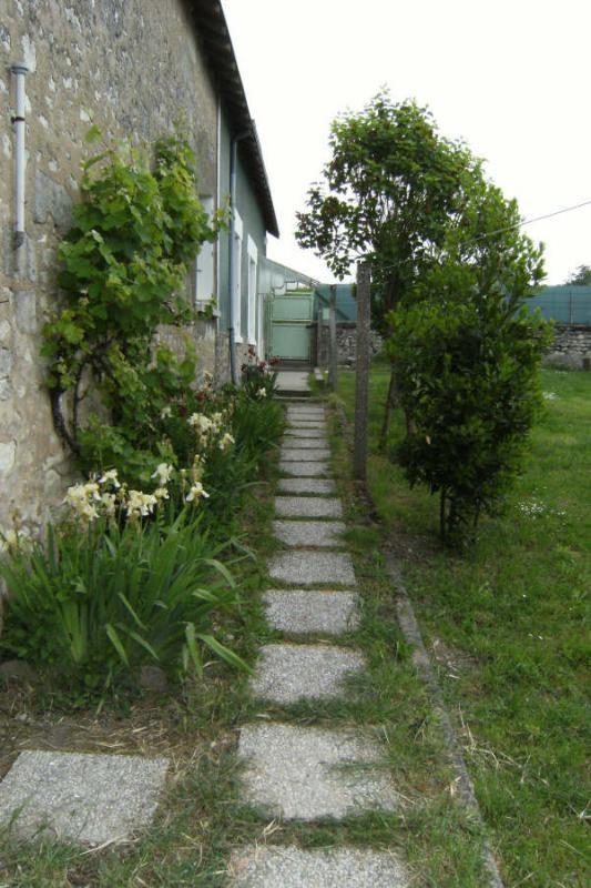 Location maison / villa Senille 514€ CC - Photo 9