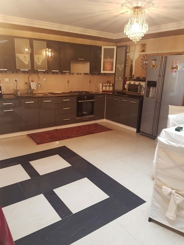 Sale house / villa Bobigny 315000€ - Picture 3