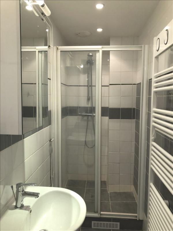 Location appartement Asnieres sur seine 1190€ CC - Photo 4