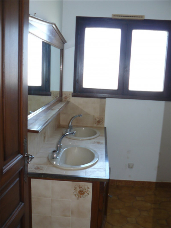 Vente maison / villa Lunel 249100€ - Photo 7