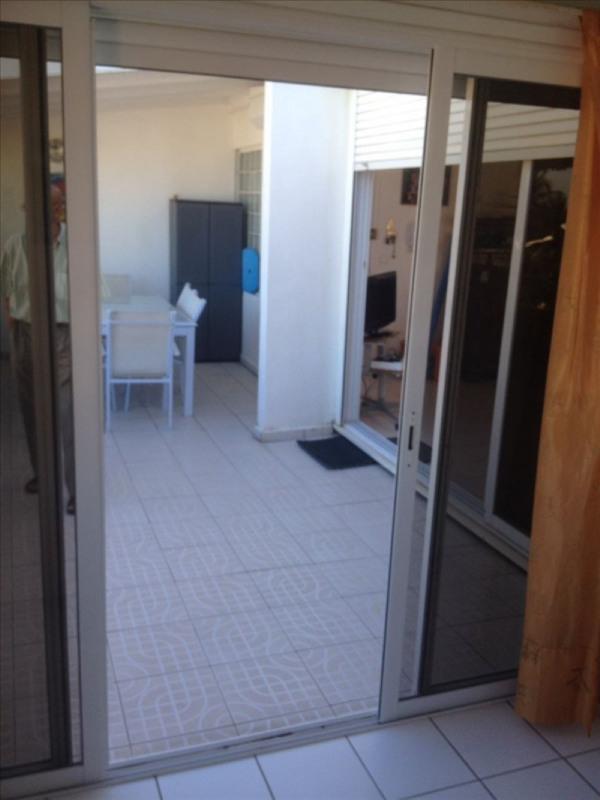 Rental apartment Ste anne 1150€ CC - Picture 9
