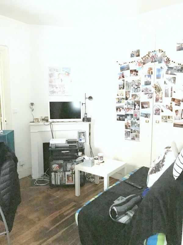 Location appartement Paris 15ème 855€ CC - Photo 1