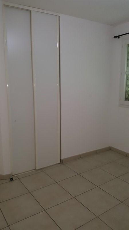 Location appartement Ste clotilde 850€ CC - Photo 8