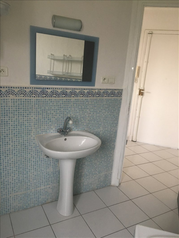 Location appartement Toulon 540€ CC - Photo 3