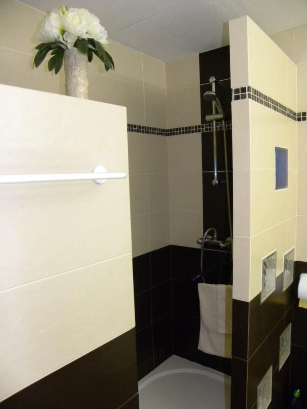Location vacances appartement Bandol 360€ - Photo 8