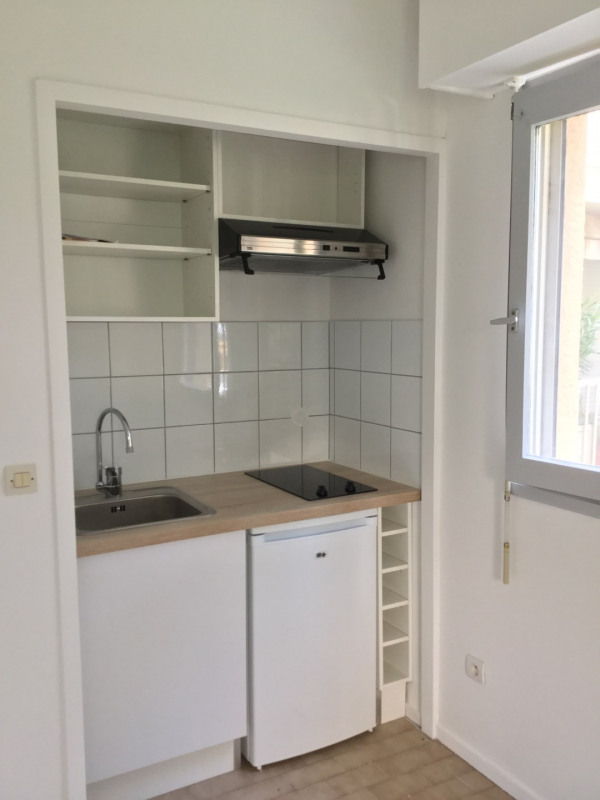 Rental apartment Aix-en-provence 471€ CC - Picture 3