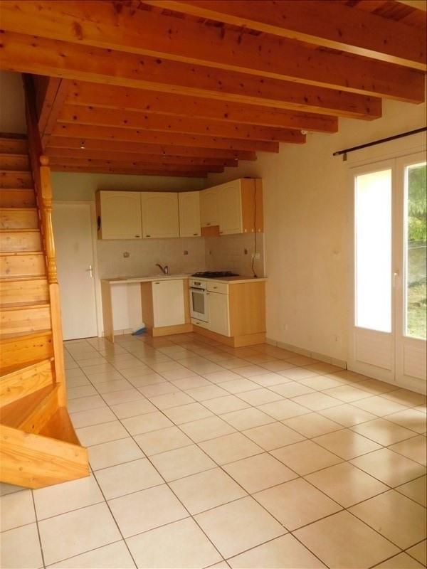 Location maison / villa Prignac et marcamps 569€ CC - Photo 3