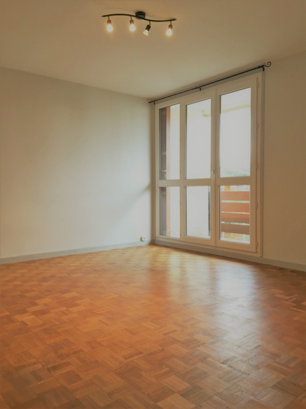 Location appartement Franconville 857€ CC - Photo 3