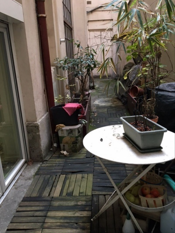 Sale apartment Lyon 6ème 350 000€ - Picture 2
