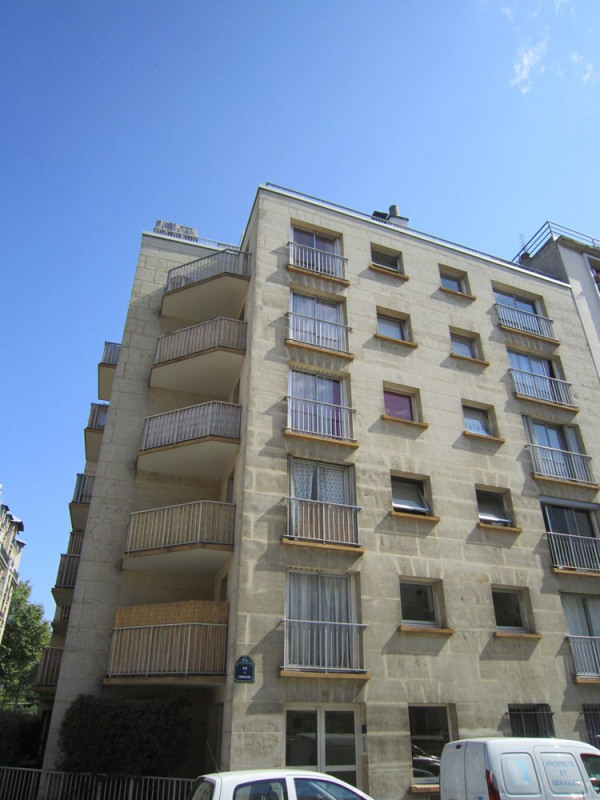 Rental apartment Paris 12ème 860€ CC - Picture 1