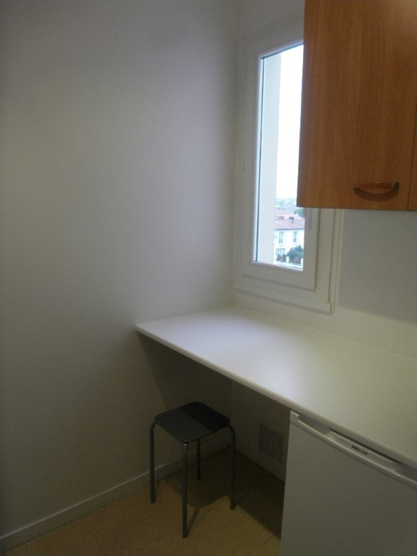 Rental apartment Cognac 361€ CC - Picture 4