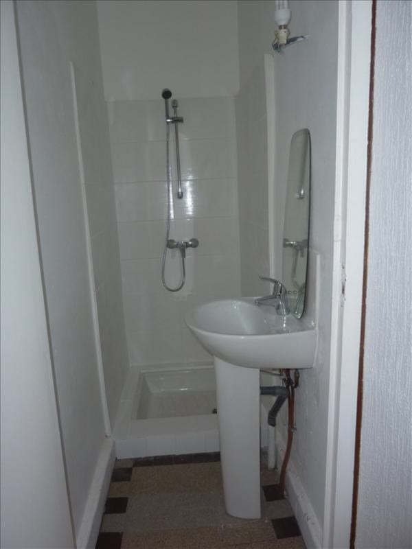 Location appartement Mably 280€ CC - Photo 2
