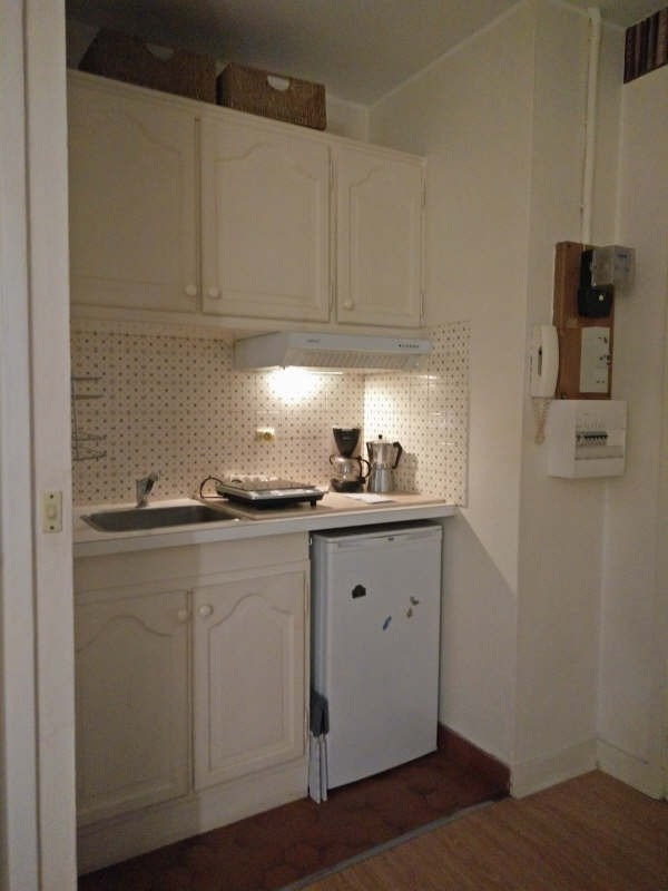Location appartement Paris 7ème 799€ CC - Photo 3