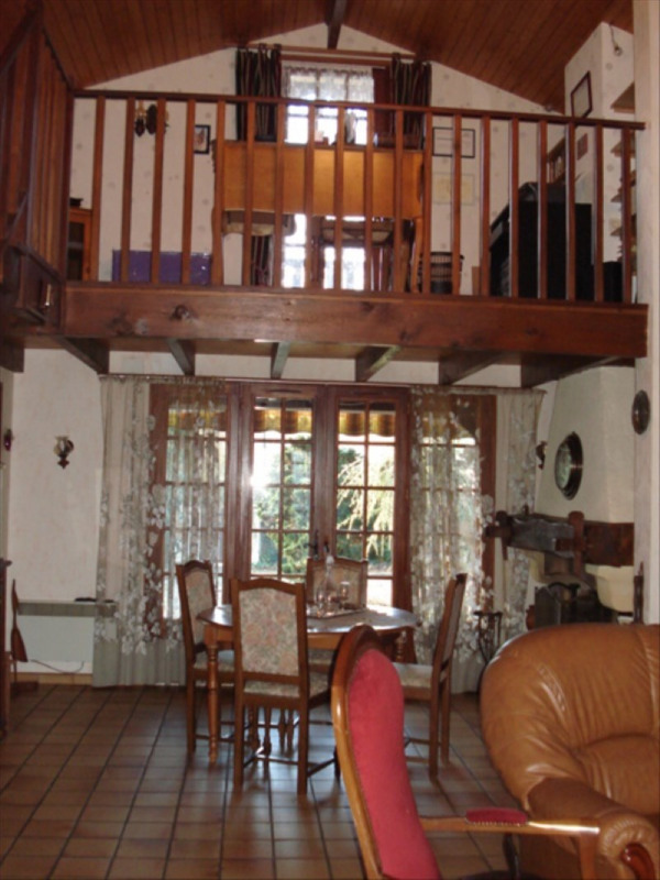 Sale house / villa Castelnau de medoc 254400€ - Picture 3