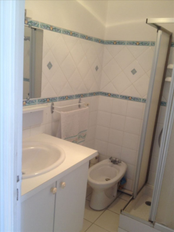 Rental apartment Ste anne 1150€ CC - Picture 13