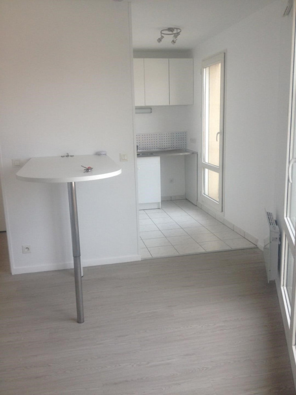 Rental apartment Montlhéry 728€ CC - Picture 4