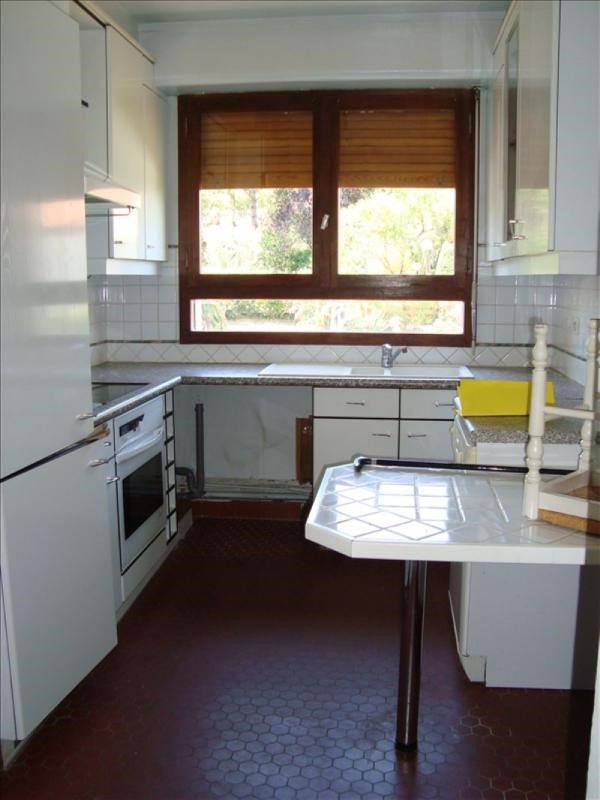 Rental apartment Louveciennes 1 300€ CC - Picture 6