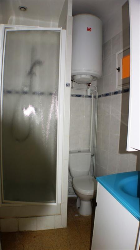 Verhuren  appartement Toulon 460€ CC - Foto 5