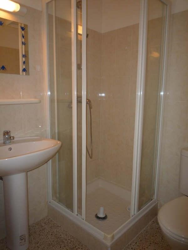 Rental apartment Aix en provence 375€ CC - Picture 3