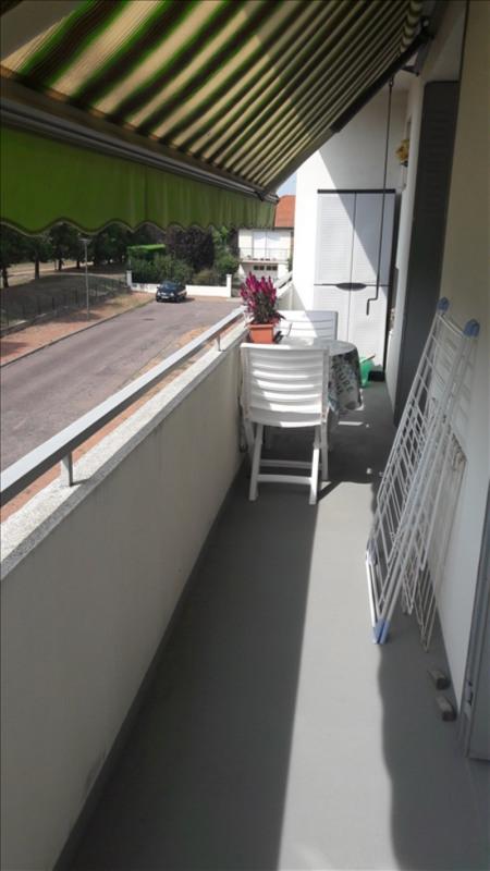 Vendita appartamento Riorges 128000€ - Fotografia 7