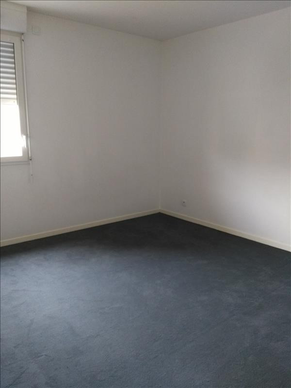Rental apartment Osny 928€ CC - Picture 5