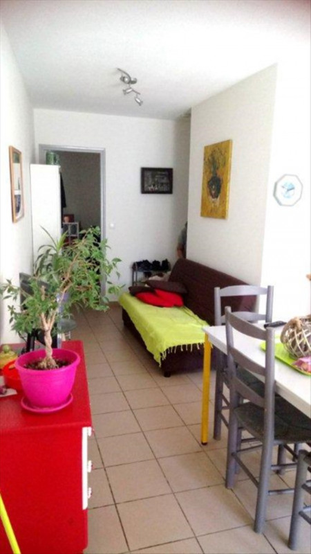 Rental apartment Chabeuil 390€ CC - Picture 1