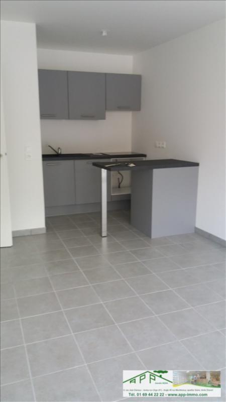 Rental apartment Draveil 750€ CC - Picture 2