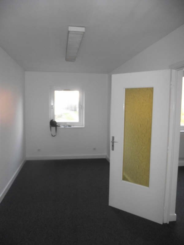 Rental office Courcouronnes 42€ HT/HC - Picture 1