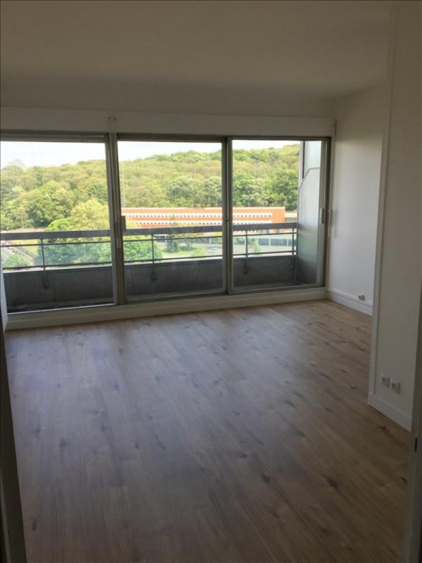 Location appartement La celle st cloud 740€ CC - Photo 4