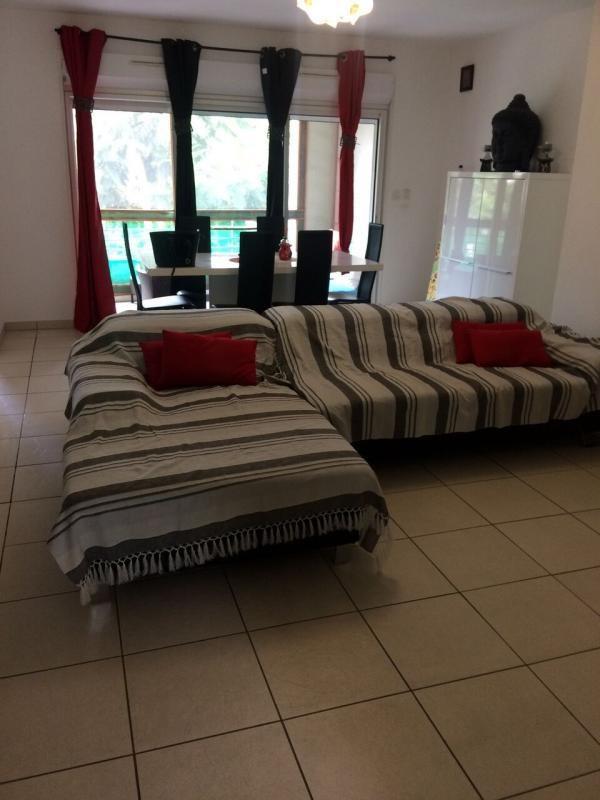 Sale apartment St denis 235400€ - Picture 1