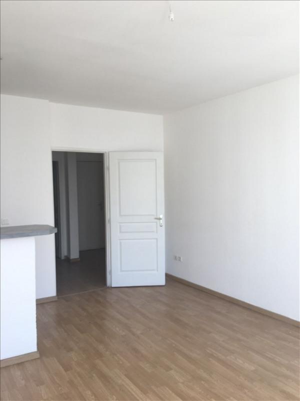 Location appartement Toulon 640€ CC - Photo 3