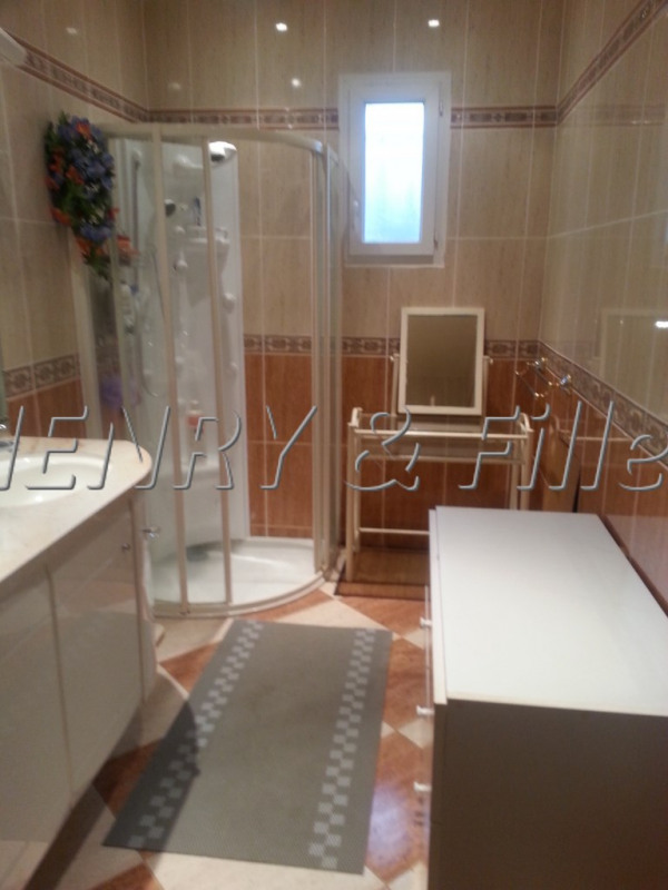 Sale house / villa L'isle-jourdain 10 km 448 000€ - Picture 13