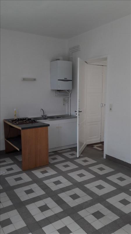 Location maison / villa Vieillevigne 400€ CC - Photo 3