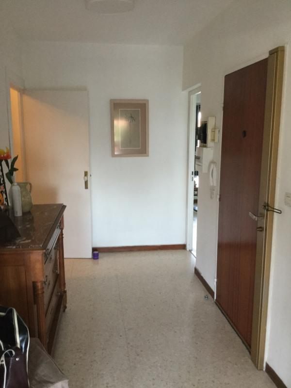Location appartement Aix-en-provence 1180€ CC - Photo 4
