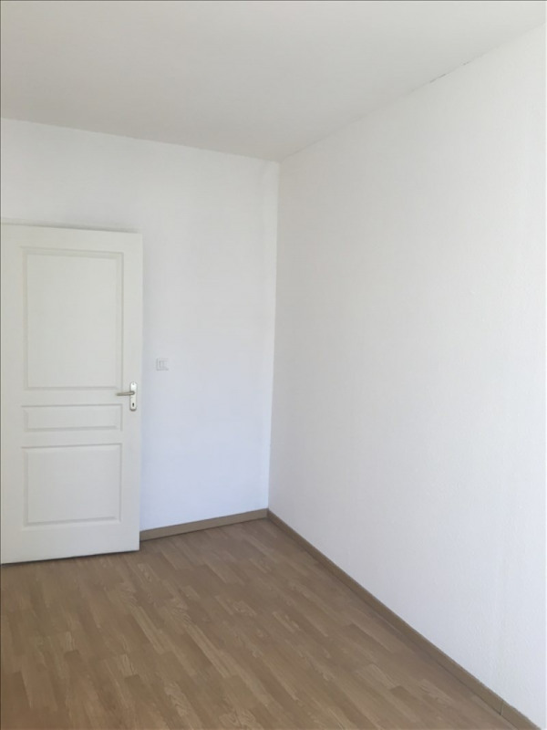 Location appartement Toulon 640€ CC - Photo 10