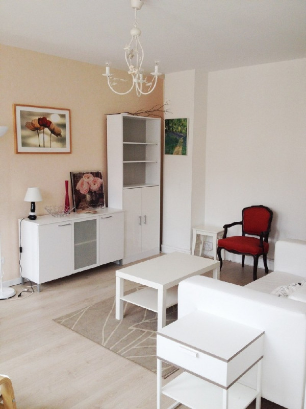 Location appartement Lyon 6ème 870€ CC - Photo 3