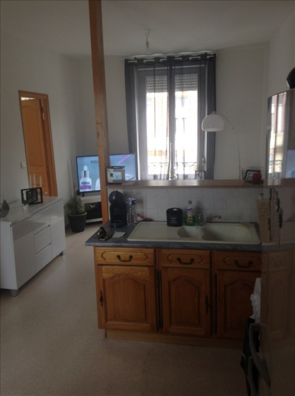 Rental apartment St quentin 405€ CC - Picture 1