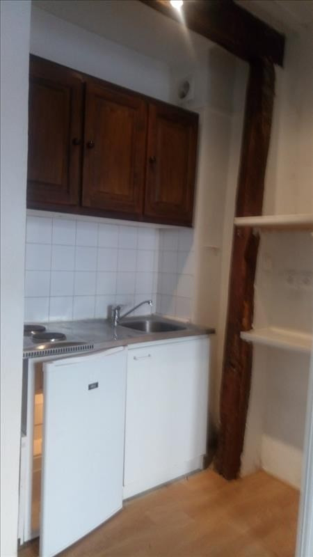 Rental apartment Paris 18ème 695€ CC - Picture 2