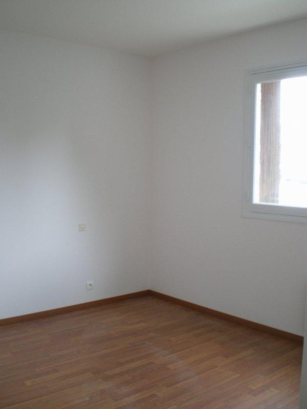 Location appartement St lo 535€ CC - Photo 4