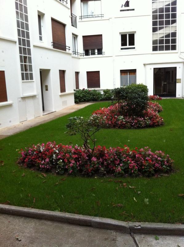 Location appartement Paris 16ème 825€ CC - Photo 5